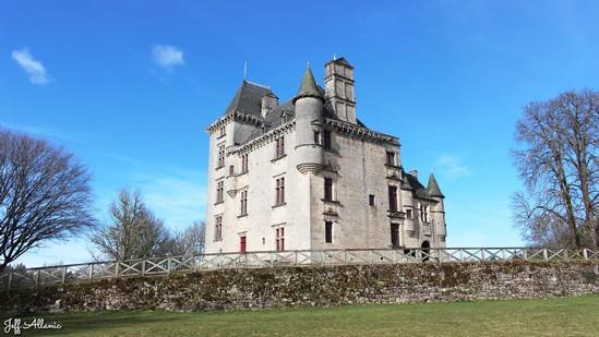 Photo fiche road-trip N° 10_112_1 - Les portes du Périgord blanc - Le château de Sédières - Clergoux - 19320