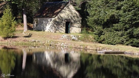 Photo fiche road-trip N° 10_67_1 - De châteaux en petites gares, de lacs en barrages - L'étang de Pissevache - Gumond - 19320