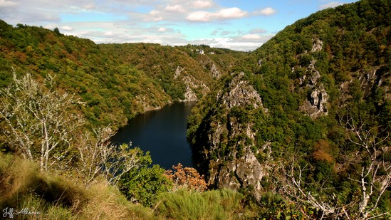 Photo fiche road-trip N° 11_272_1 - Les gorges sauvages de la Dordogne - Le belvédère de Roc-Grand de Liginiac - Liginiac - 19160