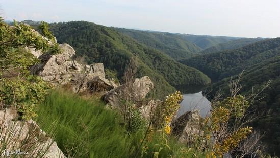 Photo fiche road-trip N° 11_283_1 - Les gorges sauvages de la Dordogne - Le site de Gratte Bruyère - Sérandon - 19160