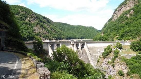 Photo fiche road-trip N° 11_81_1 - Les gorges sauvages de la Dordogne - Le barrage de L'Aigle - Spontour - 19550