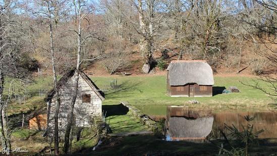 Photo fiche road-trip N° 12_1045_1 - Le pays de Ventadour - Le moulin de Mazaleyrat - Bonnefond - 19170