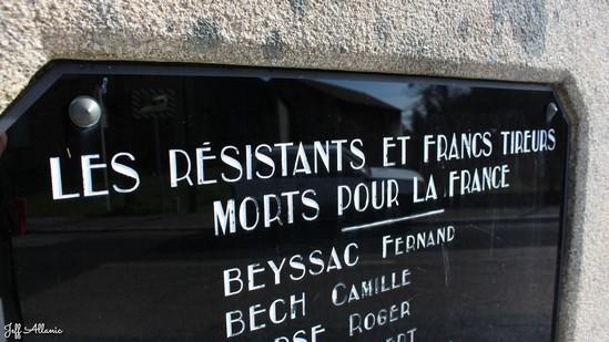Photo fiche road-trip N° 12_1050_1 - Le pays de Ventadour - Stèle de la résistance de la gare d'Eyrein - Eyrien - 19800