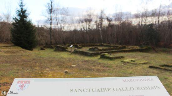 Photo fiche road-trip N° 13_1600_1 - Les portes du Périgord blanc - Sanctuaire Gallo-Romain des Pierres Grandes - Margerides - 19200