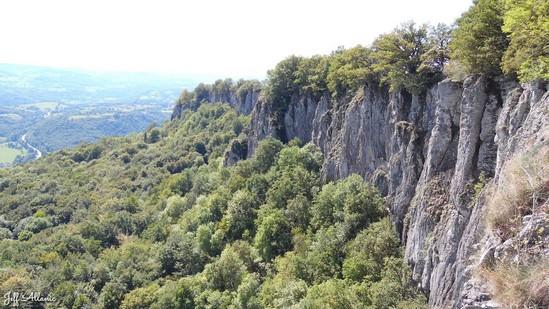 Photo fiche road-trip N° 13_264_1 - Les portes du Périgord blanc - Belvédère des Orgues - Bort-les-Orgues  - 19110