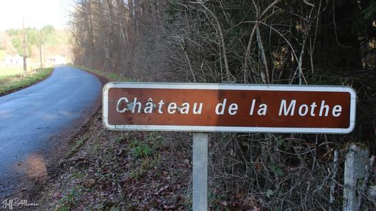 Photo fiche road-trip N° 14_1062_1 - La Corrèze plein Est c'est l'Eden - Le château de Mothe - Ussel - 19200