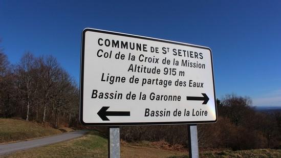 Photo fiche road-trip N° 15_247_1 - Les portes du Périgord blanc - Le village de Saint-Setiers - Saint-Setiers - 19290