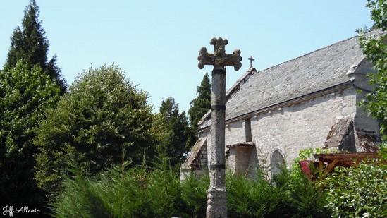 Photo fiche road-trip N° 15_388_1 - Les portes du Périgord blanc - Le hameau de Fournol - Saint-Merd-les-Oussines - 19170
