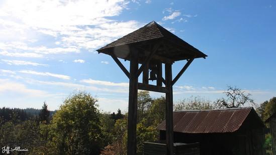 Photo fiche road-trip N° 15_405_1 - Le château d'eau de la Nouvelle Aquitaine - Le hameau de Celle - Meymac - 19250
