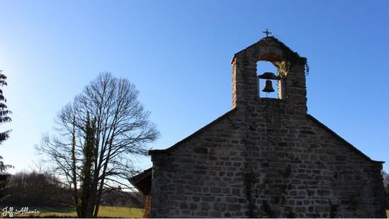 Photo fiche road-trip N° 16_2000_1 - Entre Vézère sauvage et Corrèze inattendue - La petite chapelle Sainte-Radegonde - Meilhards - 19510
