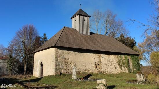 Photo fiche road-trip N° 16_2001_1 - Entre Vézère sauvage et Corrèze inattendue - La petite chapelle de La Faye - Lamongerie - 19510