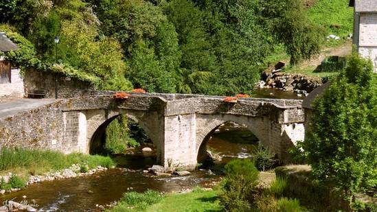 Photo fiche road-trip N° 16_214_1 - Les portes du Périgord blanc - Treignac - Treignac - 19260