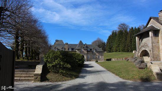 Photo fiche road-trip N° 16_225_1 - Les portes du Périgord blanc - Le hameau de Saint-Hilaire-les-Courbes - Saint-Hilaire-les-Courbes - 19170