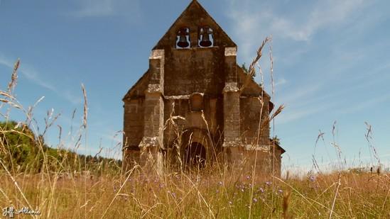 Photo fiche road-trip N° 17_165_1 - Les portes du Périgord blanc - La petite chapelle de Toy-Viam - Toy-Viam - 19170