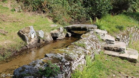 Photo fiche road-trip N° 17_392_1 - Les portes du Périgord blanc - Le petit canal de Bugeat - Bugeat - 19170
