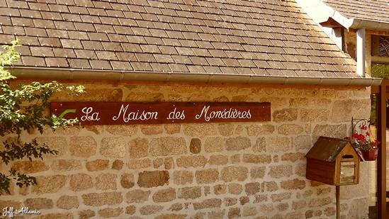 Photo fiche road-trip N° 18_150_1 - Le massif des Monédières - La maison des Monédières - Chaumeil - 19390