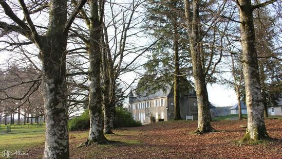 Photo fiche road-trip N° 18_2034_1 - Le massif des Monédières - Le château de Beyssac - Saint-Augustin - 19390