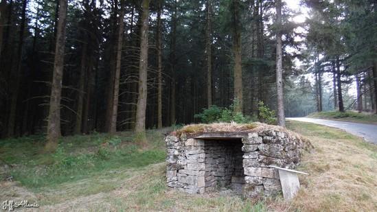 Photo fiche road-trip N° 18_2036_1 - Le massif des Monédières - La cabane de Tienne - Chaumeil - 19390