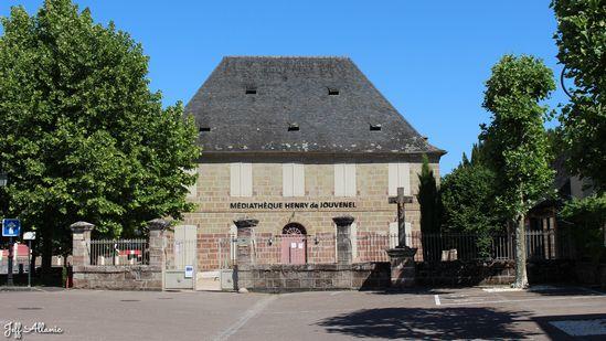 Photo fiche road-trip N° 19_2050_1 - Les portes du Périgord blanc - Le village de Varetz - Varetz - 19240