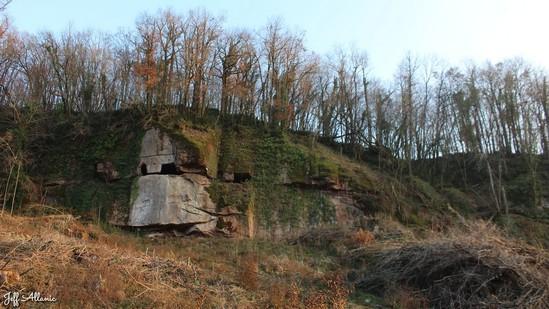 Photo fiche road-trip N° 19_2052_1 - Les portes du Périgord blanc - Les grottes troglodytes de Grand-Roche - Donzenac - 19270