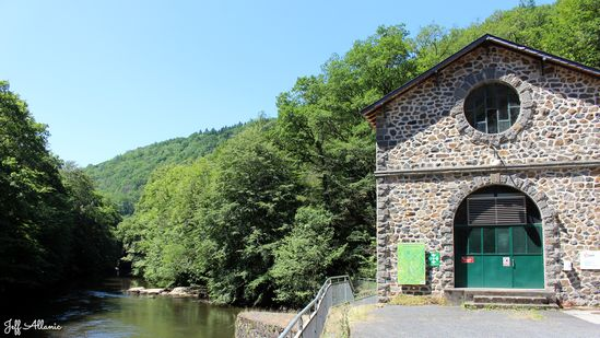 Photo fiche road-trip N° 19_2066_1 - Les portes du Périgord blanc - Le barrage de Pouch - Voutezac - 19130