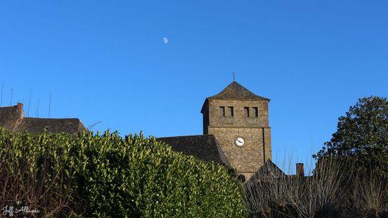 Photo fiche road-trip N° 19_352_1 - Les portes du Périgord blanc - Le village de Voutezac - Voutezac - 19130