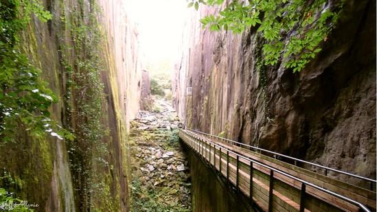 Photo fiche road-trip N° 19_66_1 - Les portes du Périgord blanc - Les pans de Travassac - Donzenac - 19270