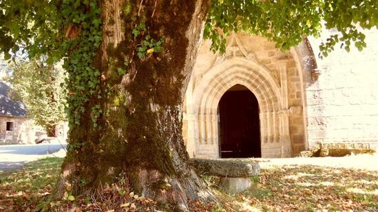 Photo fiche road-trip N° 3_132_1 - Les portes du Périgord blanc - Village de Meyrignac-l'Eglise - Meyrignac-l'église - 19800