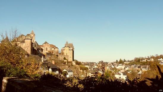 Photo fiche road-trip N° 4_473_1 - Les portes du Périgord blanc - Le centre ancien d'Uzerche - Uzerche - 19140
