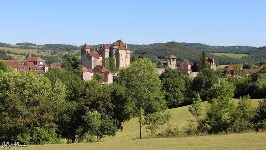 Photo fiche road-trip N° 7_29_1 - La vallée de la Dordogne  - Le village de Curemonte - Curemonte - 19500