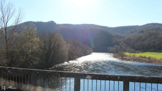 Photo fiche road-trip N° 7_38_1 - La vallée de la Dordogne  - Le village de Monceaux-sur Dordogne - Monceaux-sur-Dordogne - 19400
