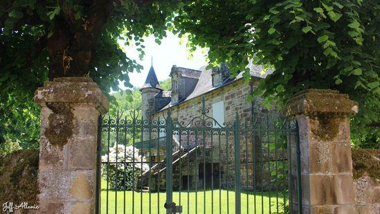 Photo fiche road-trip N° 8_731_1 - Sources et inspirations de Coco Chanel - Le village de Lanteuil - Lanteuil - 19190