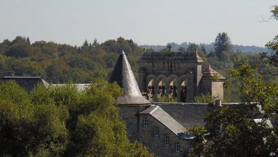 Photo fiche road-trip N° 9_62_1 - La Xaintrie médiévale - Le village de Saint-Martin-la-Méanne - Saint-Martin-la-Méanne - 19320