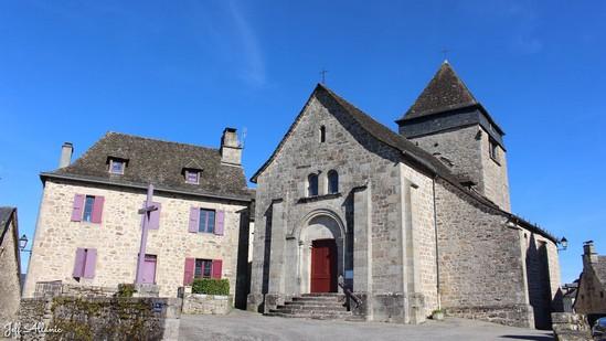 Photo fiche road-trip N° 9_8031_1 - La Xaintrie médiévale - Le village de Sexcles - Sexcles - 19430
